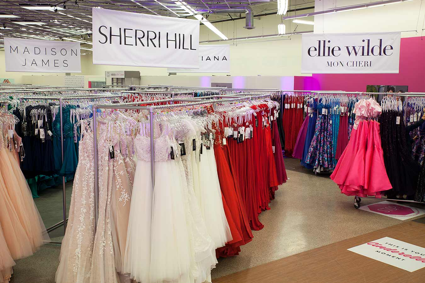 What are all the prom dress stores in the Mall of Georgia?